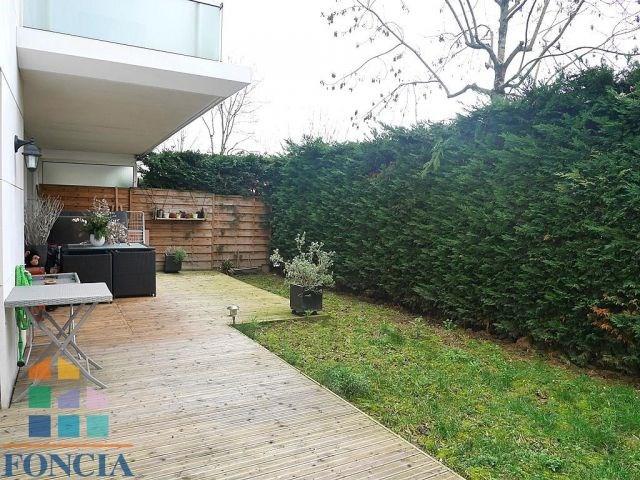 Rental apartment Suresnes 2190€ CC - Picture 1