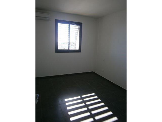 Location appartement St denis 557€ CC - Photo 3