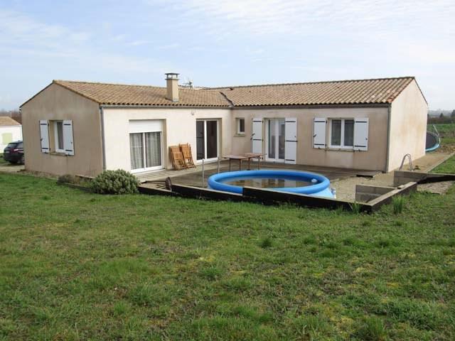Sale house / villa Ternant 185500€ - Picture 1
