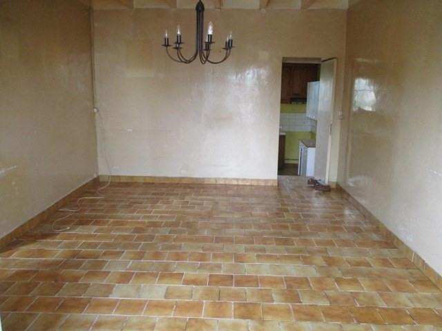 Sale house / villa Saint-jean-d'angély 43000€ - Picture 5