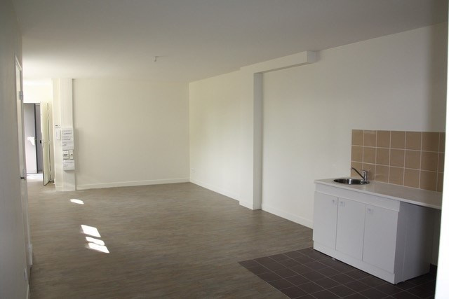Rental apartment Champigny sur marne 895€ CC - Picture 2