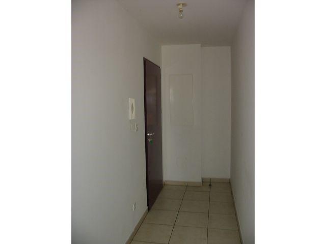 Location appartement Belle pierre 729€ CC - Photo 1