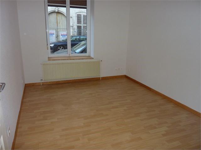 Location appartement Toul 475€ CC - Photo 3