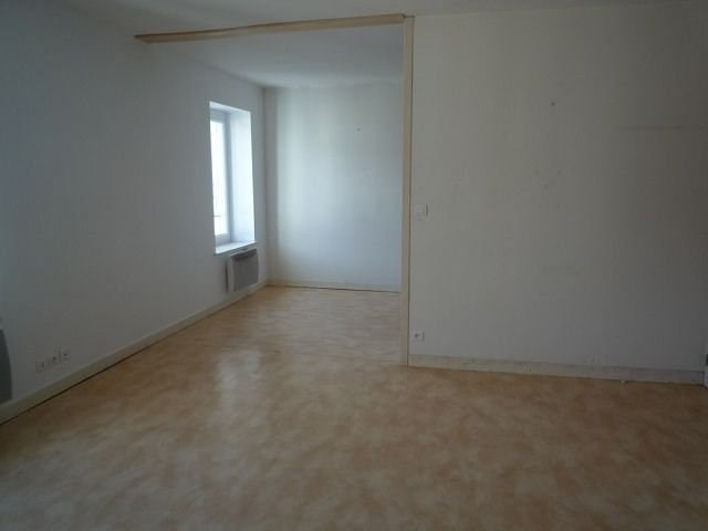 Rental apartment Le chambon sur lignon 325€ CC - Picture 2