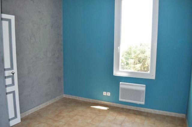 Rental house / villa Marseille 16ème 830€ CC - Picture 6