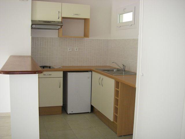 Location appartement St denis 570€ CC - Photo 3