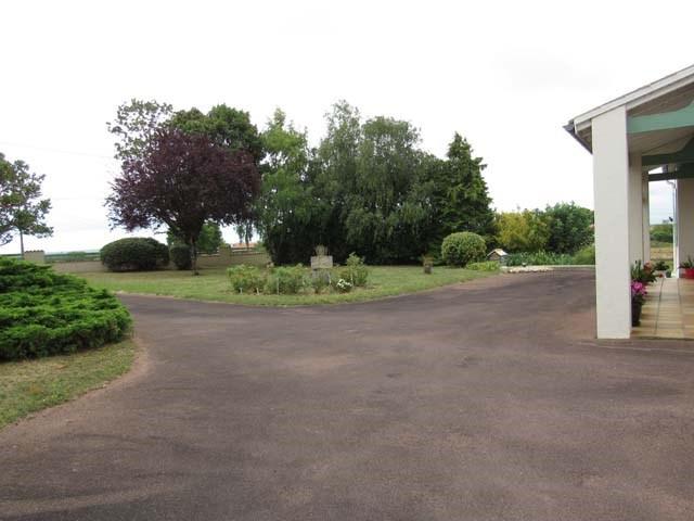 Sale house / villa Saint-jean-d'angély 201400€ - Picture 2