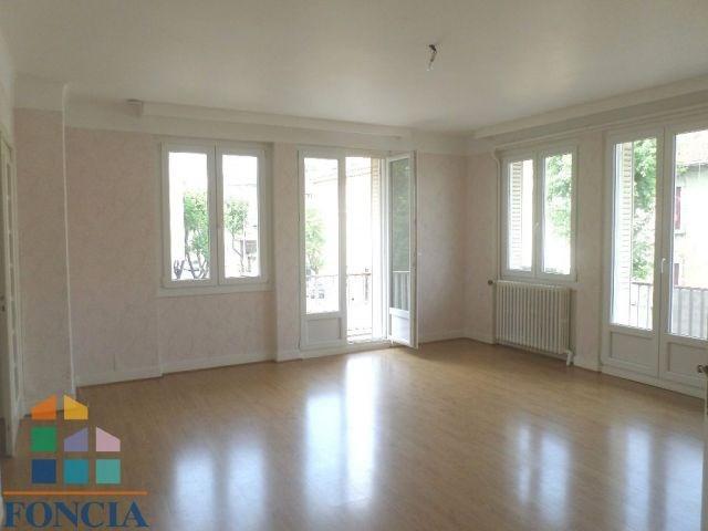 Vente appartement Bourg-en-bresse 145000€ - Photo 2