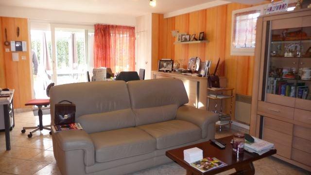 Revenda casa Saint-marcellin-en-forez 219000€ - Fotografia 7