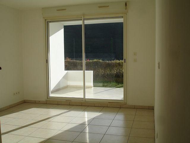 Location appartement St denis 546€ CC - Photo 3