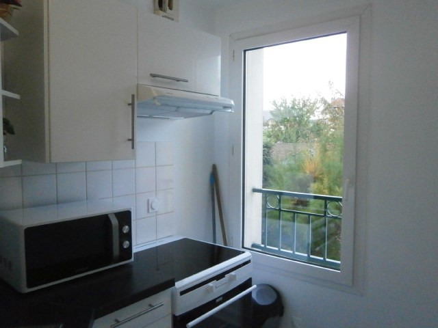 Location appartement Fontainebleau 1 050€ CC - Photo 14