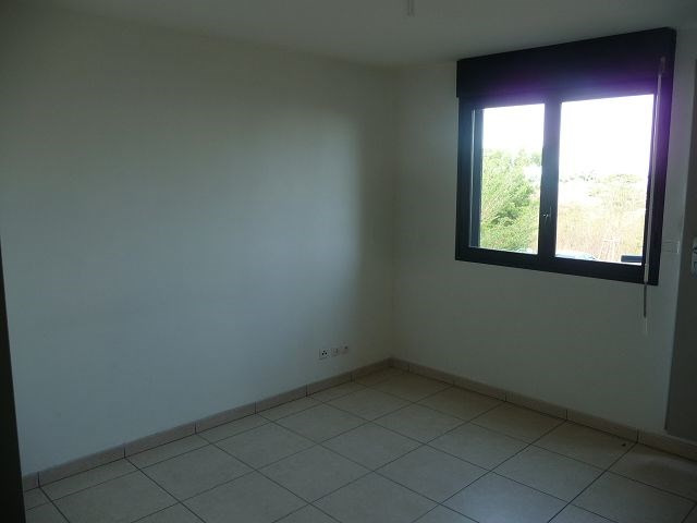 Location appartement La possession 555€ CC - Photo 4