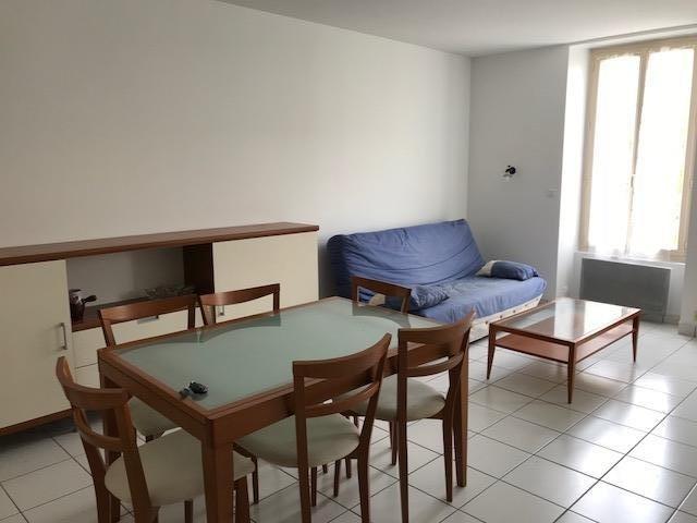 Rental apartment La roche sur yon 481€ CC - Picture 1