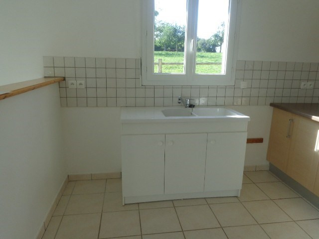 Location maison / villa Carentan 700€ CC - Photo 5
