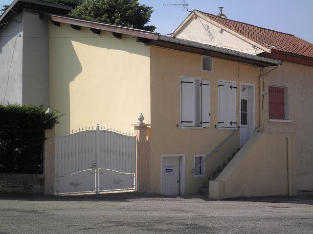 Sale house / villa St quentin fallavier 99750€ - Picture 1