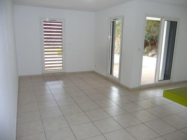 Location appartement St denis 682€ CC - Photo 4