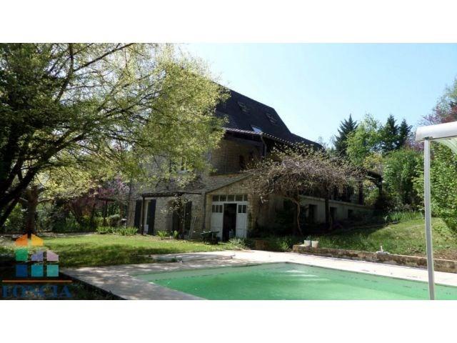 Maison en pierres de 234 m² avec piscine 6 X 11