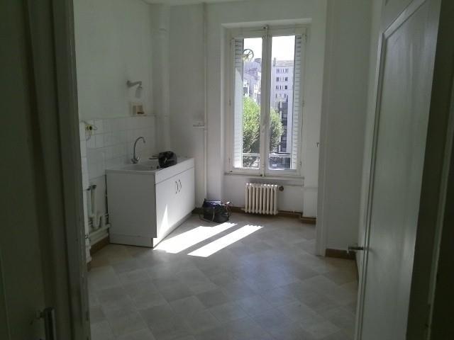 Location appartement Lyon 6ème 1666€ CC - Photo 4