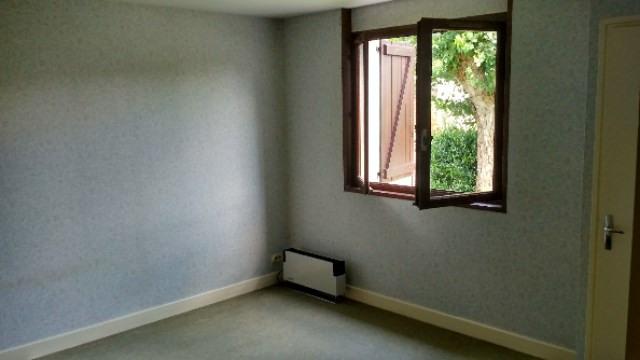Sale house / villa Colayrac saint cirq 186250€ - Picture 6