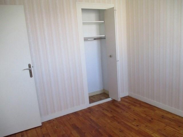 Rental house / villa Saint-jean-d'angély 605€ CC - Picture 5