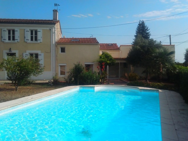 Vente maison / villa La vallée 290 100€ - Photo 3