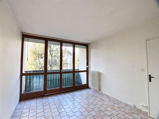 Rental apartment Annecy 925€ CC - Picture 3