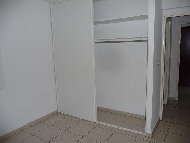 Location appartement St denis 682€ CC - Photo 7
