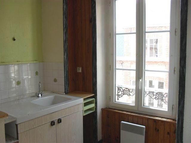 Verhuren  appartement Carentan 302€ CC - Foto 3