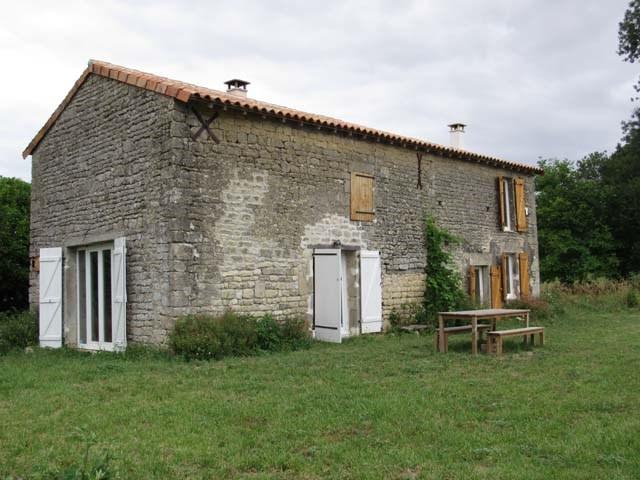 Sale house / villa Aulnay 99500€ - Picture 1