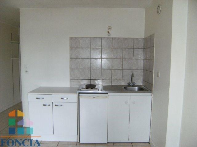 Locação apartamento Chambéry 461€ CC - Fotografia 2