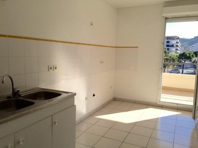 Location appartement Marseille 9ème 1093,65€cc - Photo 6