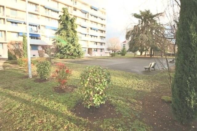 Sale apartment Venissieux 155000€ - Picture 2