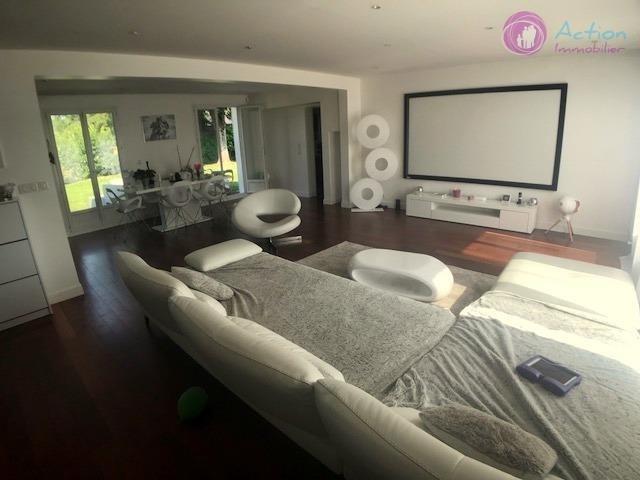 Rental house / villa Lesigny 2000€ CC - Picture 4