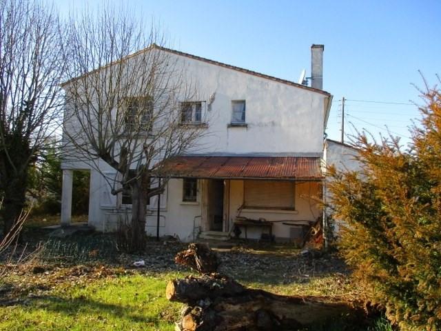 Sale house / villa Saint-jean-d'angély 157900€ - Picture 3