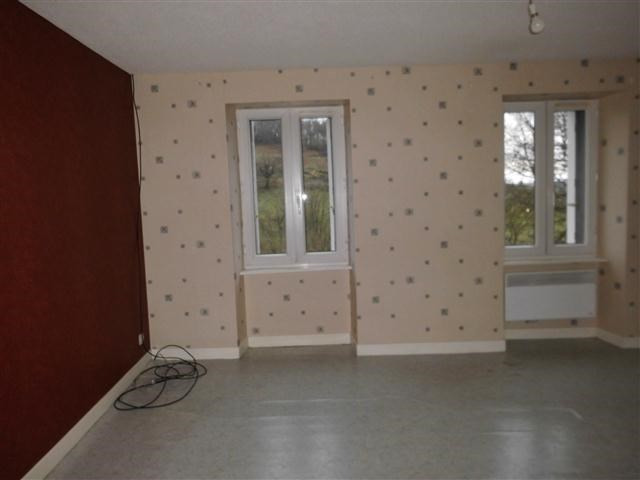Location appartement St victor sur rhins 318€ CC - Photo 5