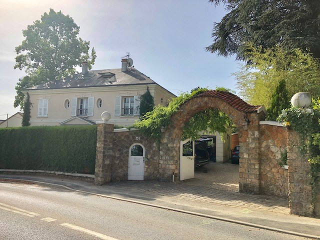 Location maison / villa Fourqueux 4000€ CC - Photo 1