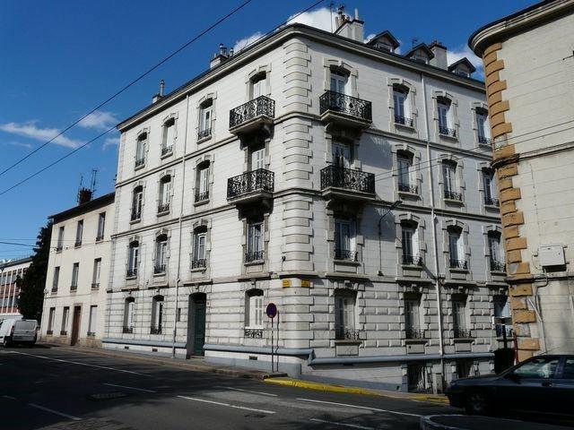 Location appartement Saint-etienne 275€ CC - Photo 3
