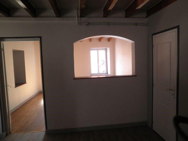 Rental house / villa Chatonnay 628€ CC - Picture 7