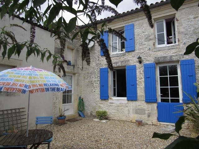 Vente maison / villa Bercloux 163200€ - Photo 1