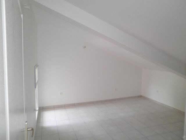 Location appartement Rochetoirin 590€ +CH - Photo 11