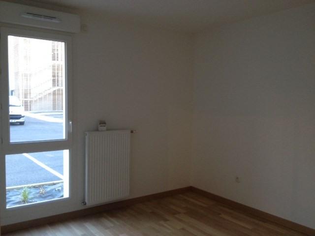 Location appartement Saint ismier 829€ CC - Photo 4