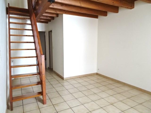 Location appartement Villefranche sur saone 534,50€ CC - Photo 3