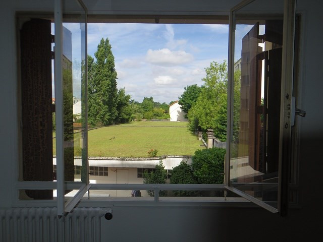 Rental apartment Champigny sur marne 598€ CC - Picture 2