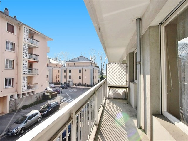 Location appartement Annecy 621€ CC - Photo 3