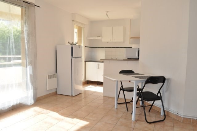 Rental apartment Marseille 12ème 620€ CC - Picture 2