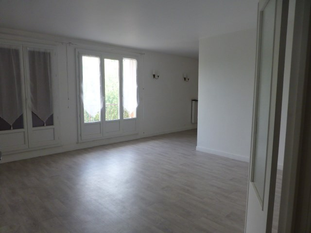 Rental apartment Bonnières-sur-seine 900€ CC - Picture 4