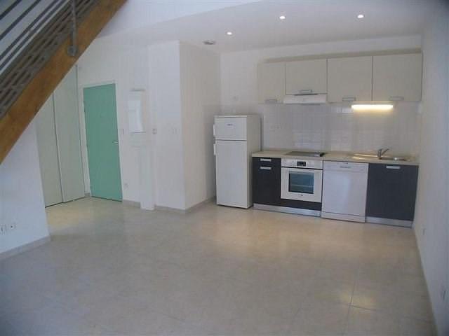 Rental apartment Le chambon sur lignon 455€ CC - Picture 3