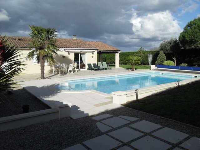 Vente maison / villa Bercloux 224 700€ - Photo 4