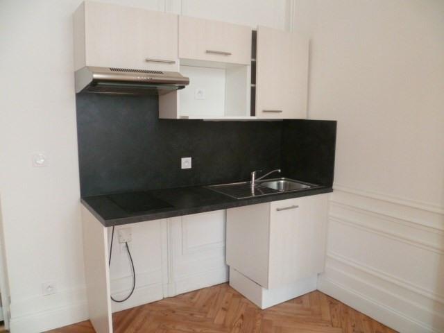 Location appartement Bordeaux 420€cc - Photo 2