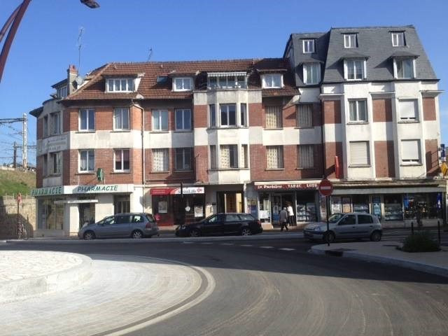 Location local commercial Bretigny-sur-orge 1 850€ CC - Photo 1